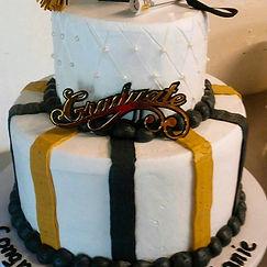 black and gold graduation cake.jpg