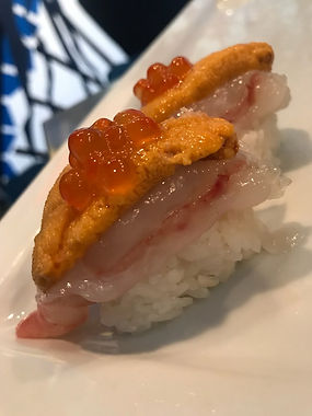 Uni Sushi Roll
