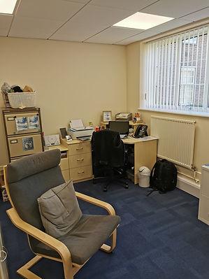 21-04 Office 2b (2).jpg