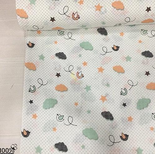 Ürün No: A32853881 Gökyüzünde Küçük Kuşlar Desenli Müslin Kumaş (Pike)