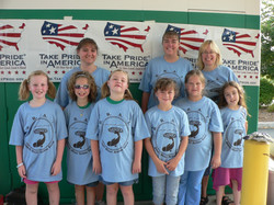 RiverSweep 07, Girl Scout Troop 822 with Take Pride banner