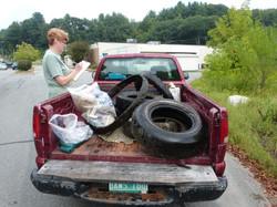 RiverSweep in Springfield 2014_Kari takes tally_Johnson