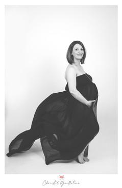 PregnantStudio2.jpg