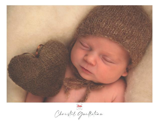 ChristelG-NewbornStudio7.jpg
