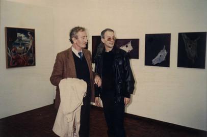 2.ª Bienal de Arte dos Açores e Atlântico, Angra do Heroísmo, 1987. António Dacosta e Álamo Oliveira.  Álamo Oliveira presidiu à Bienal.   Col. particular Álamo Oliveira