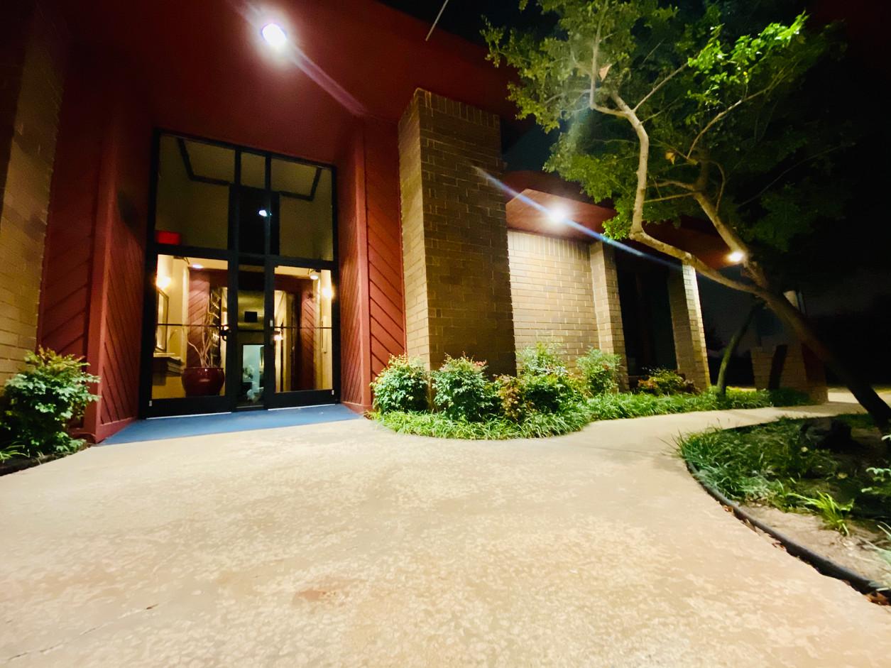 Main Entrance of 425