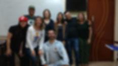 Alunos da Qualify English School em atividade durante a aula do curso super intensivo de inglês