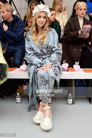 Liz Y2K at London Fashion Week AW16-17