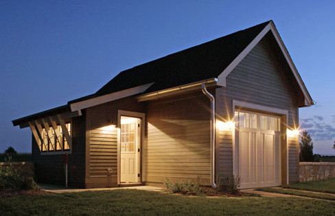 Contemporary-Farmhouse-Detached-Garage-3.jpg