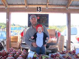 Hugh and Bea Mackay selling apples and cider