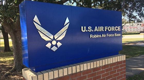 us-robins-air-force-base-sign-300x199.jp