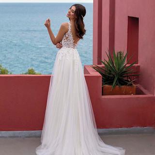 Brautkleid InWeiß Brautatelier