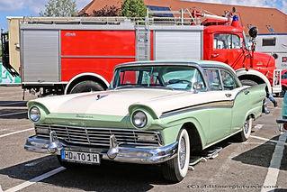 Ford Fairlane 500 - 1957