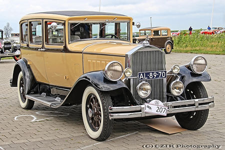 Pierce-Arrow 53 Sedan - 1929