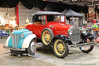 Ford Roadster 1928 + Opel Olympia jukebox