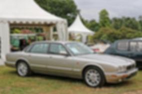 Jaguar XJ-8 - 1999