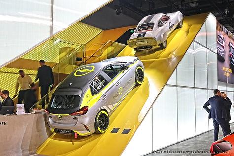 IMG_0803a_IAA 2019 - Opel.jpg