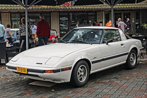 Mazda RX-7 - 1985