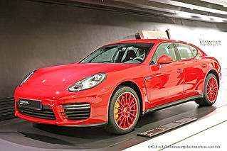 Porsche Panamera GTS - 2013