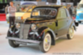 Renault Juvaquatre - 1946