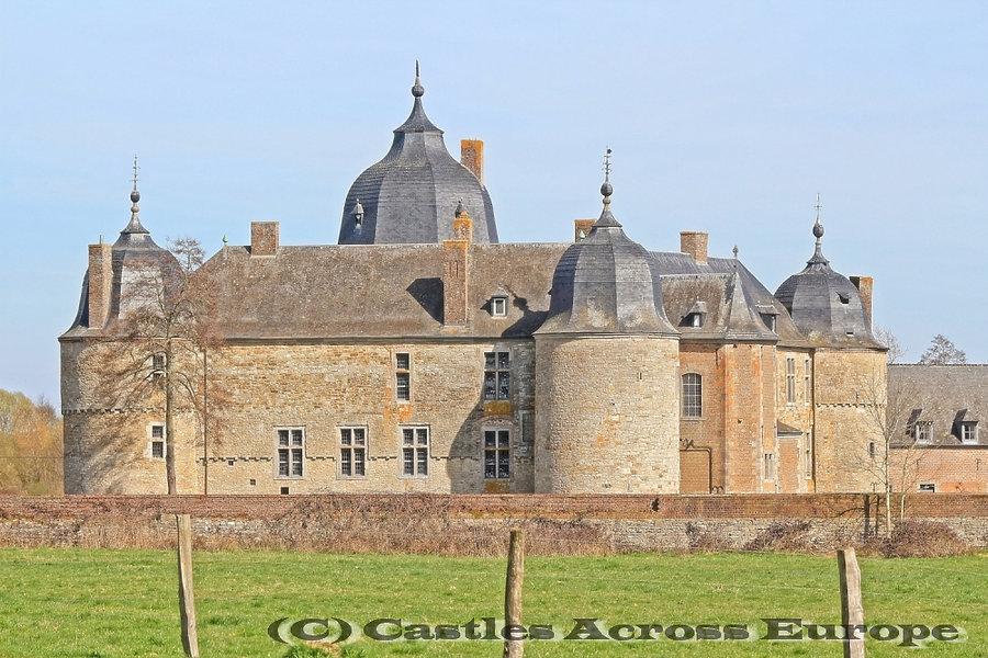 Château de Lavaux-Saint-Anne
