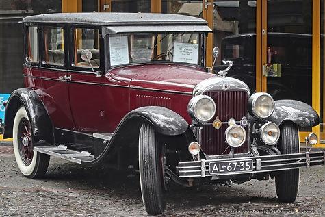 Cadillac 314 Sedan by Fisher - 1925