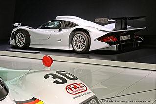 Porsche 911 GT1 straatversie -