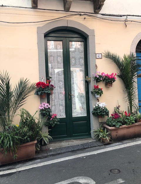 Doorfront