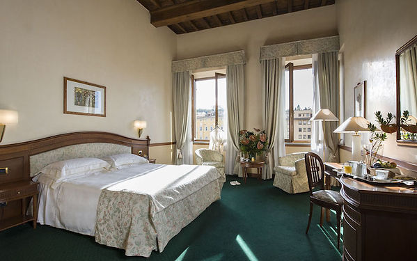 HoteldegliOrafi-Executive Suite.jpg