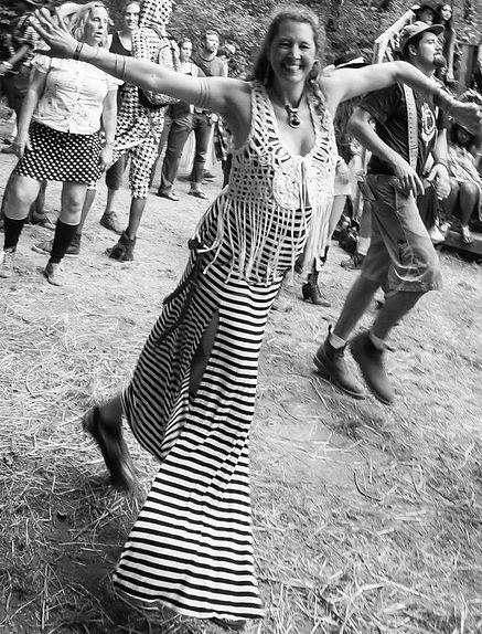 Debrae FireHawk | Dance