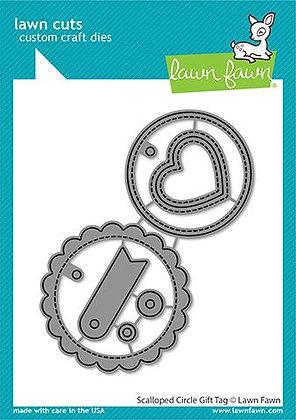 Scalloped circle gift tag