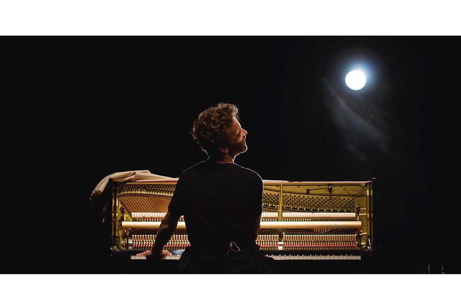 Nico_Piano_modif_petit.jpg