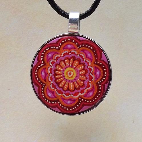 handbemaltes Mandala Amulett, Holz in Metallfassung