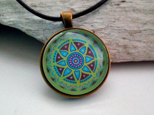 Kette mit Mandala Grün, Medaillon Mandala spirituell