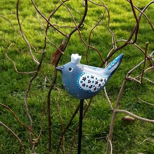Winterlicher Keramik Gartenstecker Zaunkönig in Grau