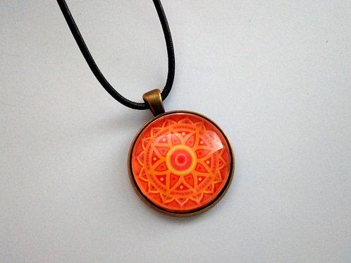 Kette mit Mandala Rot, Orange, Yogas Schmuck spirituell
