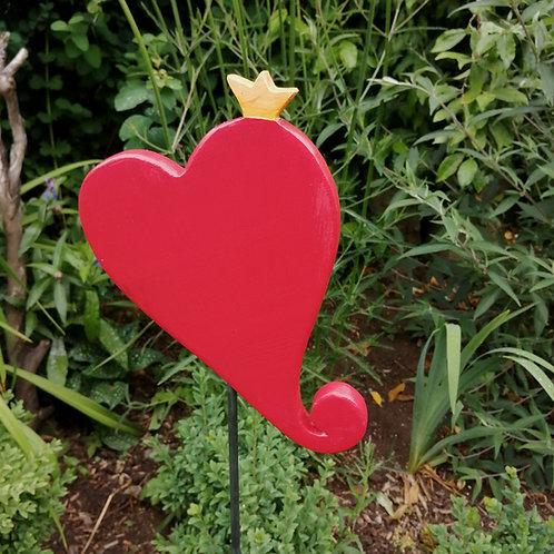 Gartendeko Rotes Herz mit gelber Krone, gefertigt aus wetterfest lackiertem Holz