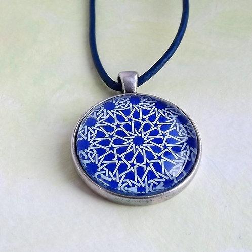Cabochonkette mit marrokanischem Muster Blau u. Weiß