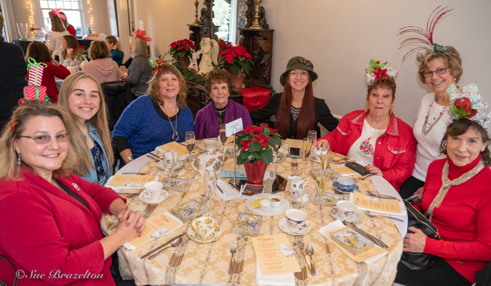 08 Holiday Tea 2019