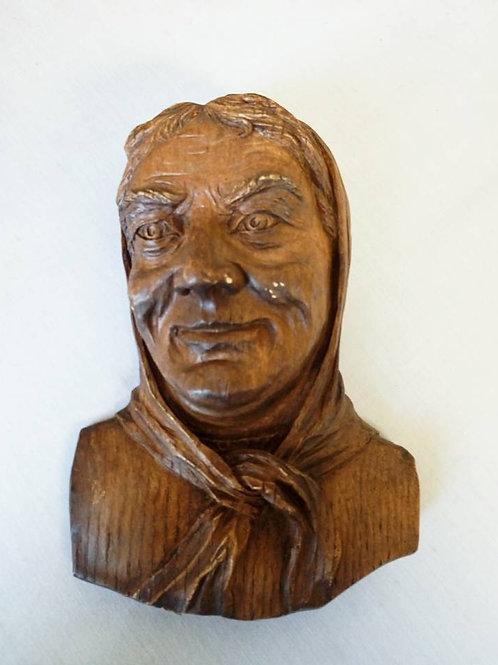 "Настенная Скульптура из дерева "" Бабушка"", авторская работа, Франция 80 гг"