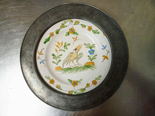"""Старинная Тарелка- панно на стену в оловяной раме """"Птица"""""""