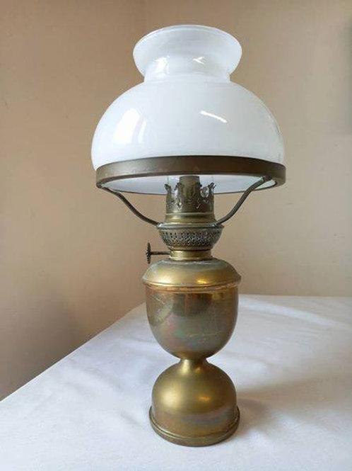 Керосинова лампа из массива латуни, превосходно сохранилась!