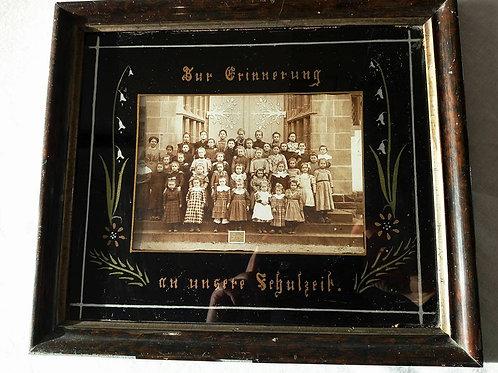 Редкое групповое фото приюта или школы для девочек в Эльзасе, Франция 19в