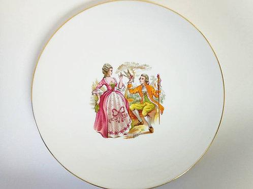 """Коллекционная тарелка """" Пара влюбленных с голубем"""""""