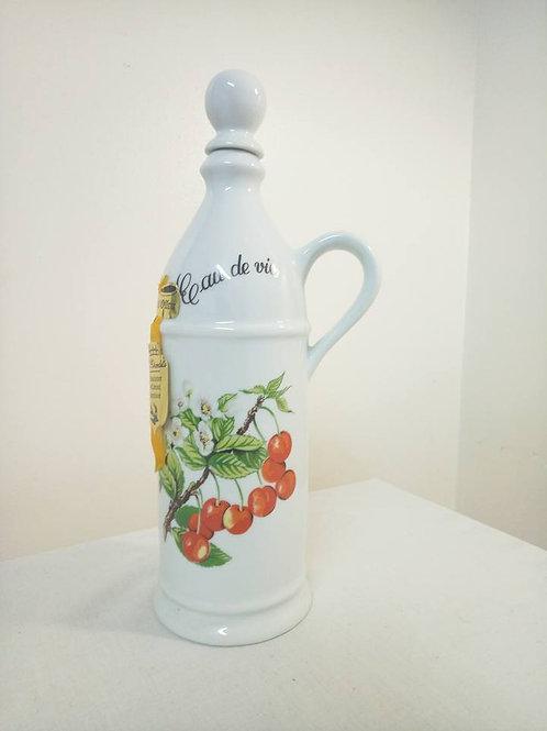 Фарфоровая Бутылка для ликера- вишневой наливки