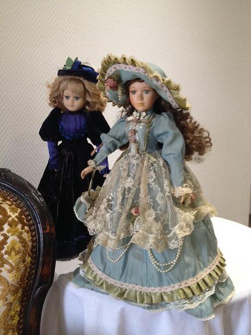 Две большие фарфоровые красавицы в превосходных нарядах! Франция 80гг (МА)