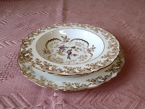 Дуэт фарфоровых тарелок