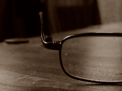 sepia, Glasses