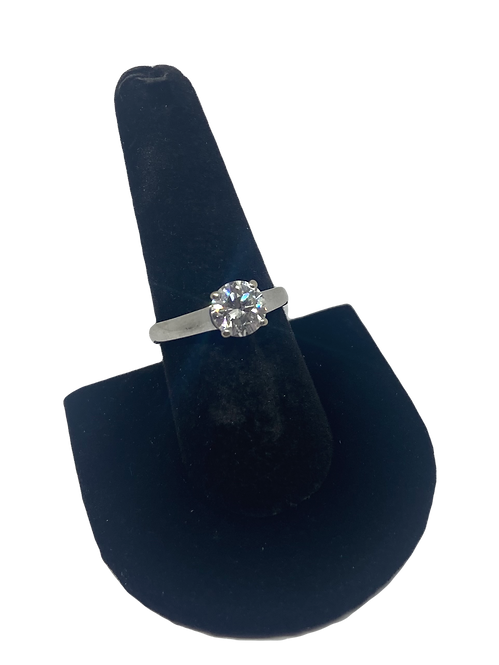 18ct White Gold 1.57ct Diamond Solitaire Ring