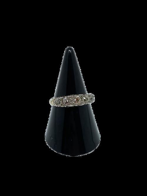 9ct Victorian Diamond 5 Stone Ring